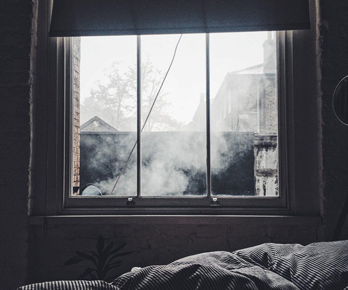bedroom-1082262_1920